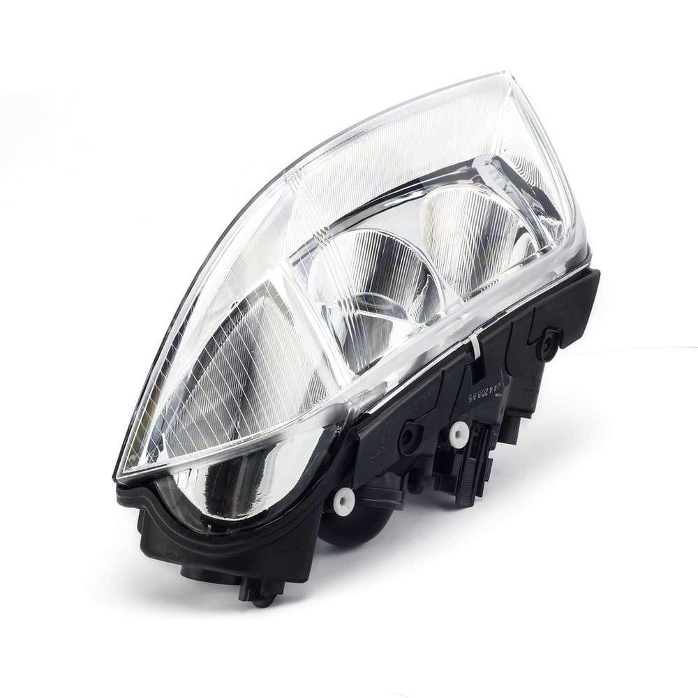 REFLEKTOR PRAWY VW PASSAT '01-